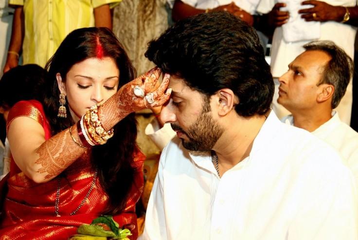 aishwarya-rai-abhishek-bachchan-sixth-anniversary-best-mo